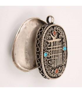 Open Lid Amulet
