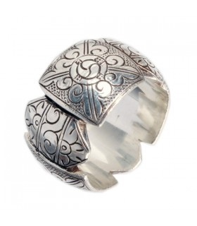 Four Shield Silver Band Ring