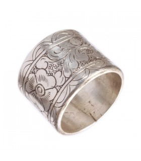 Broad Floral Etched Ring