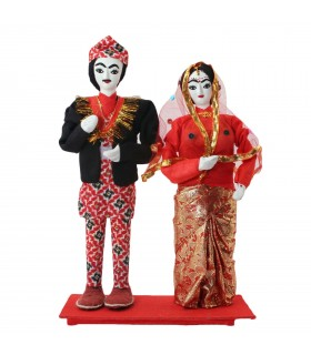 Just married Nepali couple dolls